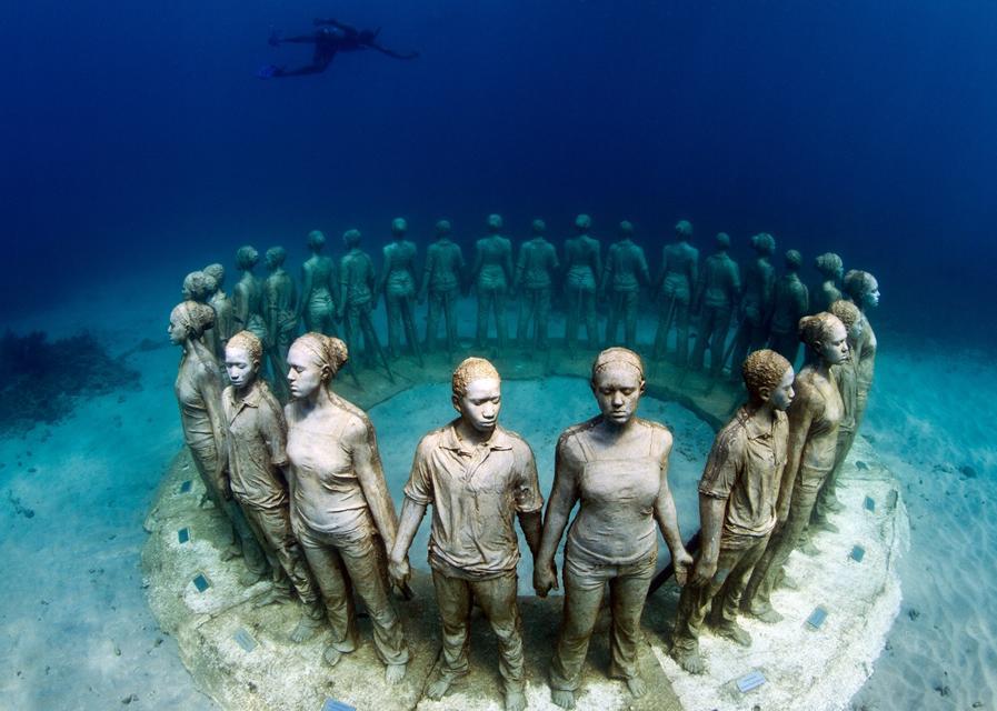 Molinere Underwater Sculpture Park (Molinere, Grenada)