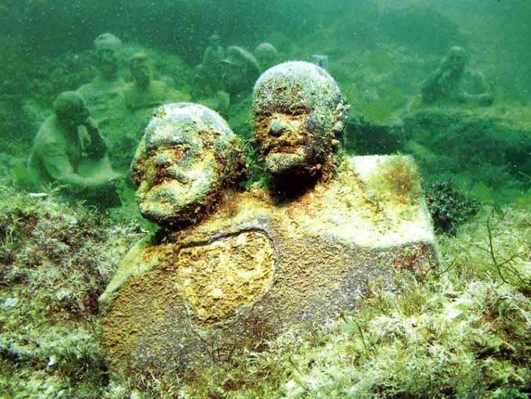 Underwater Museum at Cape Tarkhankut (Cape Tarkhankut, Crimea)